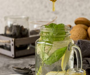 Natural Ways to sweeten your tea from distinctly tea - meandtea